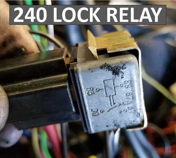 1259926 Volvo 240 Power Lock Relay.