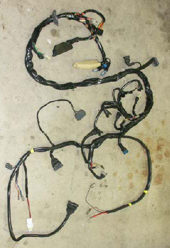 3515052 240 89lo dave's volvo page volvo engine wire harnesses volvo 740 wiring harness at gsmportal.co