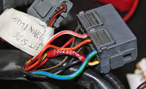 Volvo 1991 740 16 Valve engine wire harness PN 3523381.