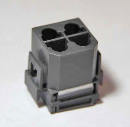 4-pole                         plug for Volvo Suppression Relay
