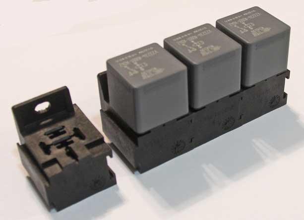 5 pole interlocking relay plug socket